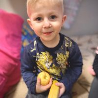 (Русский) Каждый может помочь детям-сиротам. Вас ждут в Перлынке, Украина.